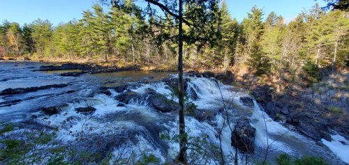 Grand Falls as the East Branch drops into the ravine.